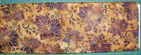 Patchworkstoff Stoff Quilt Batik lila Poinsettas auf senf Weihnachtsstern, Illex 30x110cm