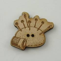 Knopf, Holzknopf Nadelkissen mit Fingerhut klein