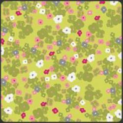 Patchworkstoff Stoff Quilt Poetica Style Love Notes Citron Blüten auf hellgrün
