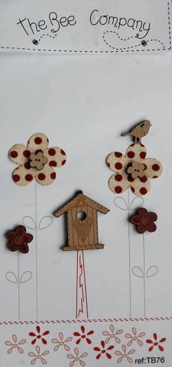 Knopf, Holzknopf TB76 - 1 Vogelhaus, 4 Blumen, 1 Vogel, 2 Stoffblumen