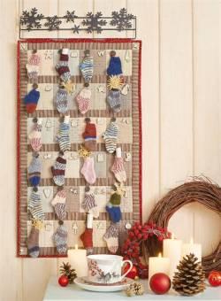 Adventskalender `Freude im Advent` 24 gestrickte Socken