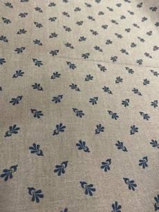 Patchworkstoff Quilt Stoff Brauner Stoff mit Blumen verziert; Rest von 0,73 x 1,10 cm
