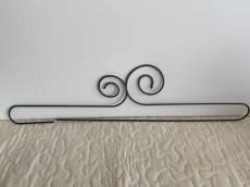 Dekobügel, Quilt Hänger `Double Scroll Split Bottom` 24 Inch/ca. 63 cm