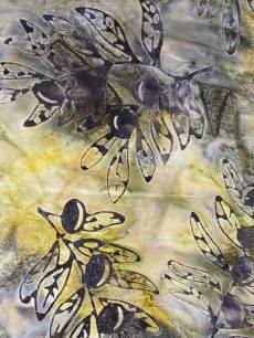 Batikstoff; Braun/Gelb mit Blättern