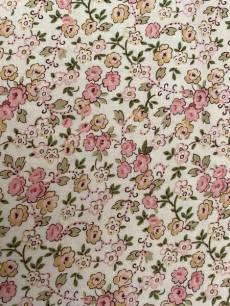 Patchworkstoff *Petal Pushers* Blumen Ranken rosa creme 23073ep