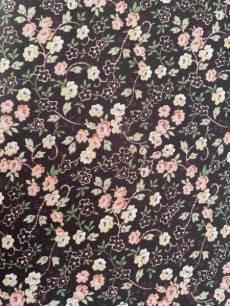 Patchworkstoff *Petal Pushers* Blumen Ranken rosa braun QT23073a