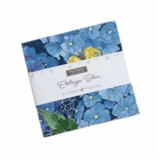 Charm Pack *Cottage Bleu* 42 Squares 5 Inch  Blumen Schmetterlinge blau gelb grün türkis 48690-PP