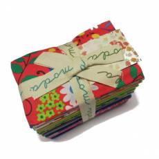 Stoffpaket *Hoopla* Rarität 34 Stück je 23,5 cm x 55 cm Punkte Rauten Streifen Blumen pink blau grün gelb weiß rot 32410 F8