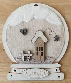 Materialpackung Schneekugel Quilt *Christmas im Quilt Inn* MP21-GQH21