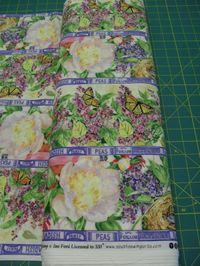 Patchworkstoff Stoff Quilt Streifenstoff Frühling Blumen Schmetterlinge Symphony of Spring
