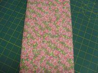 Patchworkstoff Stoff Quilt Rosa Blumen auf beige Quilters Choice