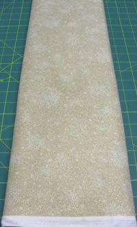 Patchworkstoff Stoff Quilt beige mit Schneeflocken und gold Glitzer 30x110cm