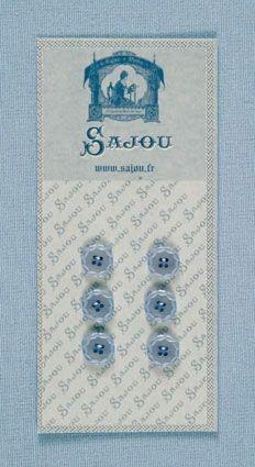 AUSLAUFMODELL Kleine hellblaue Knöpfe ornamentaleR Rand 6 Stk. d=11mm